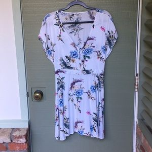 Size large white cherry blossom dress